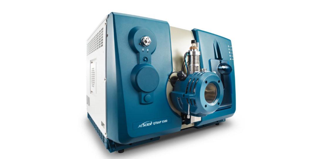 AB Sciex QTRAP 5500/6500 and Agilent 1290 UPLC